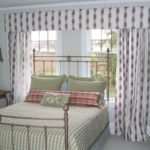 Straight Cornice with Drapes