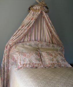 Antique Corona