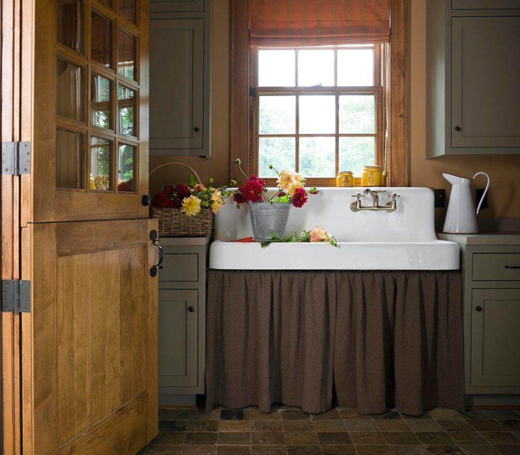 Flat Roman Shade and Gathered Sink Skirt -- Melinda Gray Interiors