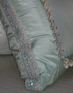 Pillow - Trim on Boxed Sham